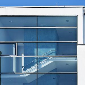 Fensterfront-Reinigung