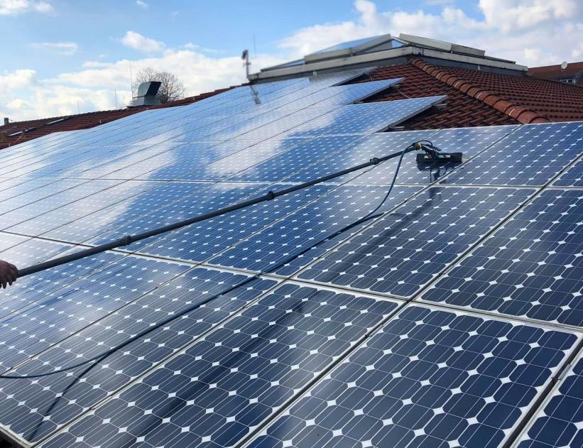 Solarreinigung Dach
